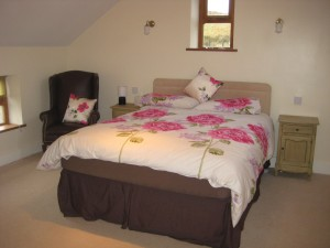 Luxury bedroom at Heather Cottage